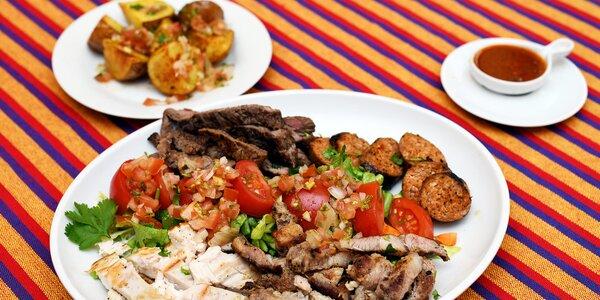 Mix 3 steaků a víno v latinskoamerické restauraci
