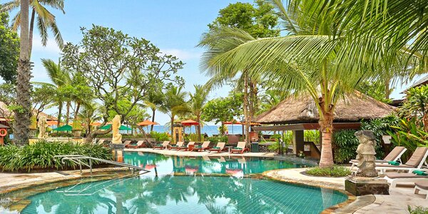 4* Legian Beach Hotel na Bali se snídaní