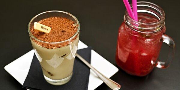 Dezert a nápoj pro 1 nebo pro 2 přímo na Staromáku