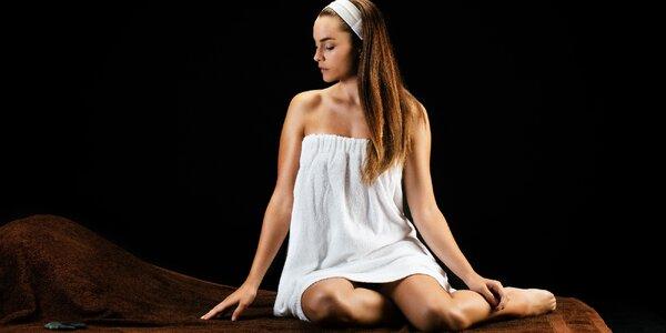 Relaxační prožitek v dokonalé tmě: Olejová masáž
