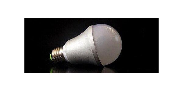 Kvalitní LED úsporná žárovka 6W 230V