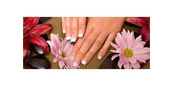 Luxusní gelové nehty