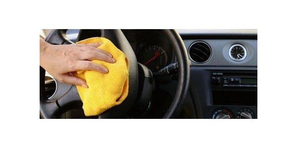 Profesionální tepování interiérů aut
