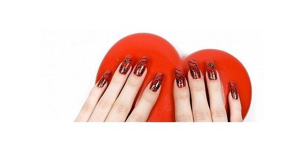 Profesionální gelové nehty včetně zdobení