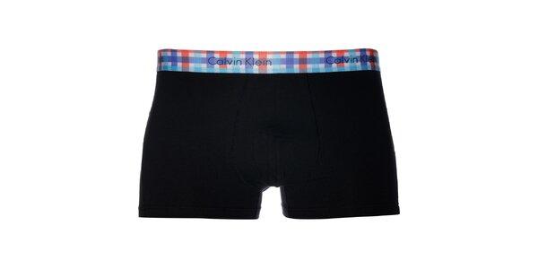 Pánské černé boxerky Calvin Klein s kostkovaným lemem