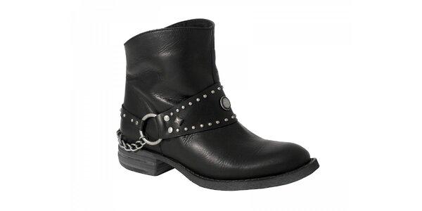 Dámské černé kotníčkové boty Red Hot s kovovými detaily