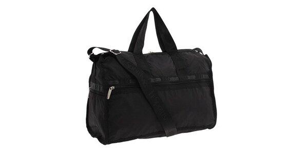 Černá cestovní taška LeSportsac