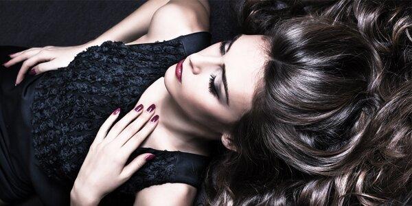 Dámský střih pro všechny délky vlasů vč. regenerace