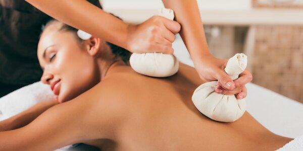 Ozdravná celotělová thajská masáž bylinnými měšci