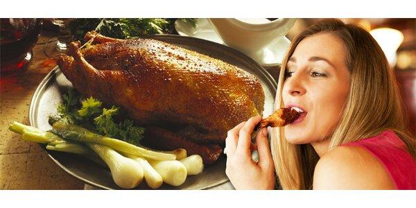 Celá pečená kachna se zelím a knedlíky pro DVA