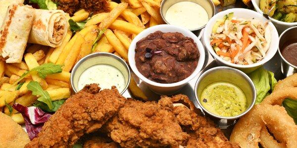 Obří talíře s kuřecími dobrotami a zeleninou z farem