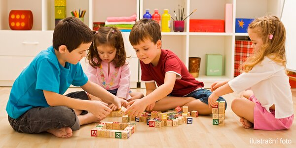 Dramatický, výtvarný či Montessori kroužek pro děti