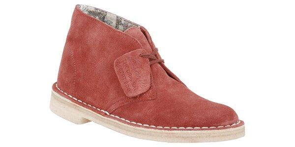 Dámské červené semišové kotníčkové boty Clarks