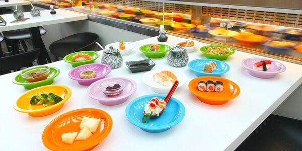 2 hodiny neomezené konzumace running sushi