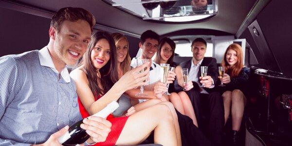 Pronájem luxusní limuzíny s řidičem a láhev sektu