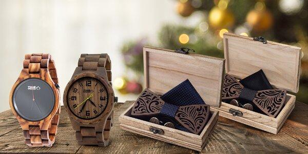 Dřevěné hodinky TIMEWOOD s motýlkem a knoflíčky