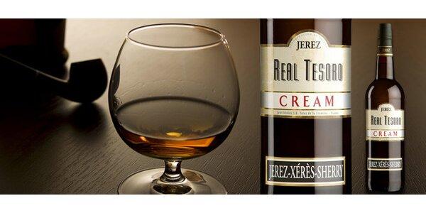 Sherry Real Tesoro Cream, které zrálo 5 let v dubových sudech