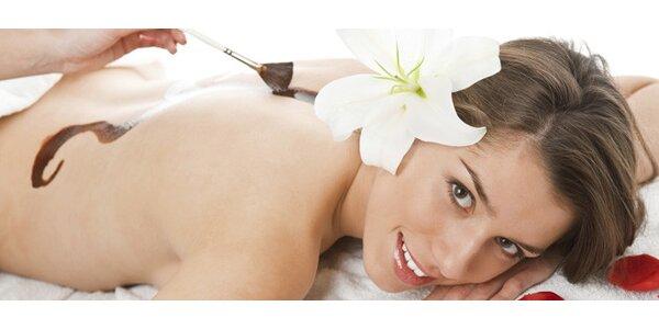 Omlazující čokoládová masáž, peeling a zábal