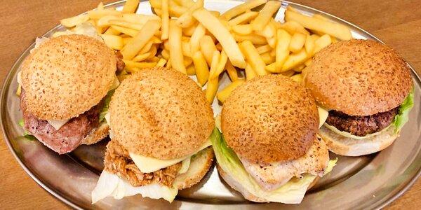 Burger pro dva: kuřecí, hovězí i trhané vepřové
