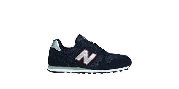 Pánská černá sportovní obuv New Balance se stříbrnými detaily