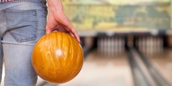 Bowling až pro 4 osoby, miniřízečky i přípitek