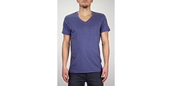Pánské modro-fialové tričko s véčkovým výstřihem Judge&Jury