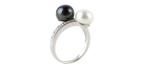 Stříbrný prsten Orchira s dvěma perlami
