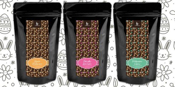 3 balíčky zrnkových káv s příchutěmi