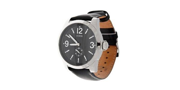 Pánské černé hodinky Guess s koženým prošívaným páskem