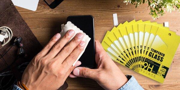 Chraňte svůj iPhone: 10× tvrzené sklo a dezinfekce