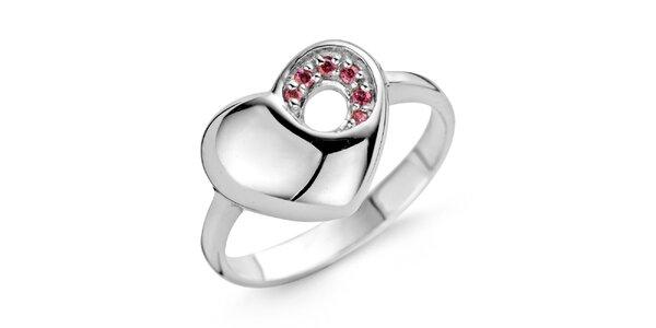 Stříbrný srdíčkový prsten s růžovými kamínky Orphelia