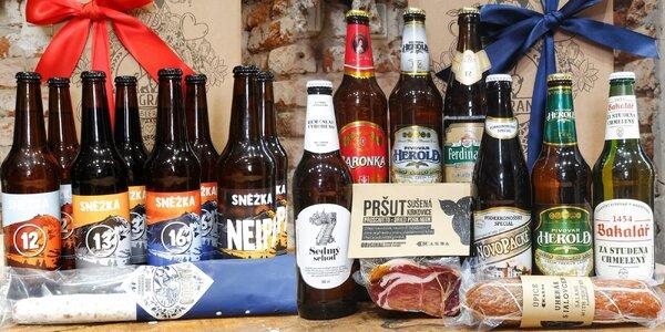 Dárkové balíčky plné pivních speciálů a uzenin