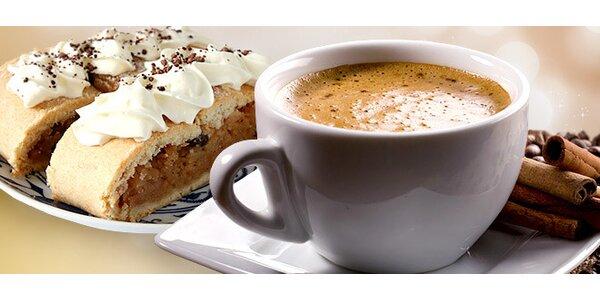 Pochutnání pro dva: Espresso, zákusek a minerálka