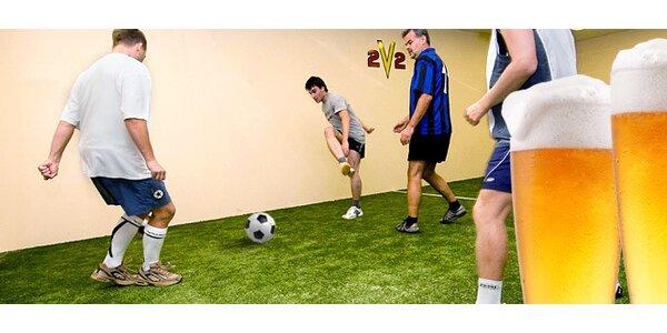 Hodina 2v2 indoor fotbalu a čtyři piva!