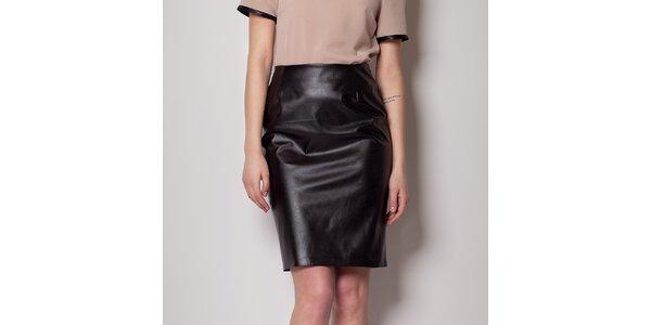 c62ea36be2c Dámská lesklá černá pouzdrová sukně Figl