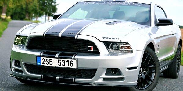 Upravený Ford Mustang: spolujízda i řízení