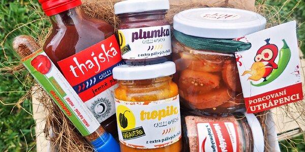 Dárkové chilli balíčky: omáčky, papričky i utopenci