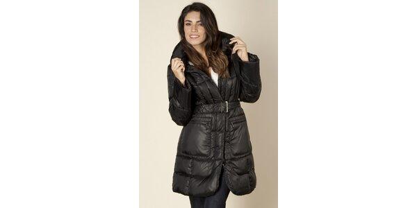 Dámský černý prošívaný kabát Trussardi