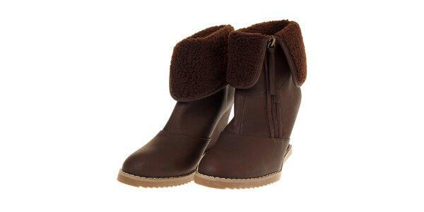 Dámské čokoládově hnědé boty Buffalo na vysokém klínku