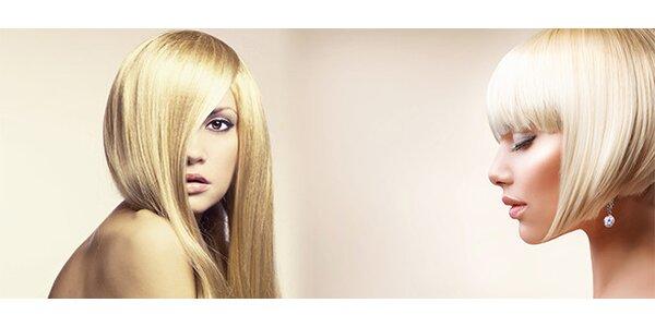 Zářivá blond a žádné odrosty