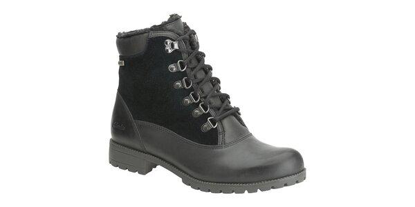 Dámské černé kotníčkové boty Clarks s Gore-Texem