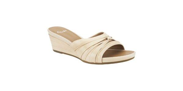 Dámské béžové kožené pantofle Clarks