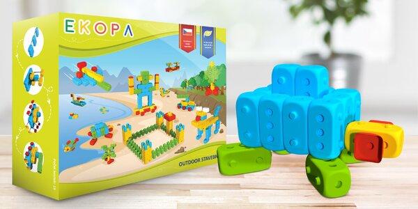 Eko hračky i dózy na potraviny z bioplastu
