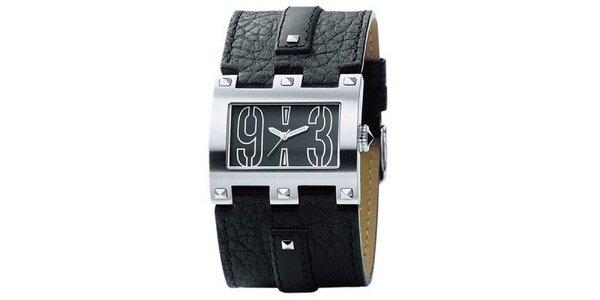 Pánské hranaté stříbrné hodinky s pyramidkami Bruno Banani