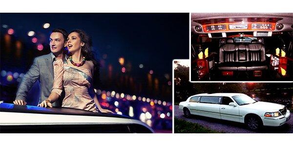 60minutová projížďka luxusní limuzínou Lincoln s láhví sektu