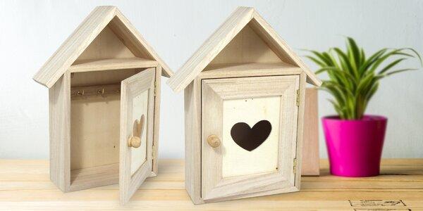Dřevěný domeček na klíče k dotvoření podle svého