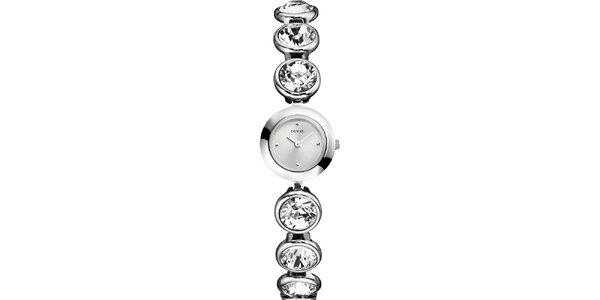 Dámské stříbrně tónované hodinky s krystaly Guess