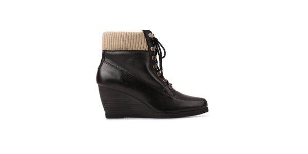 Dámské černé šněrovací boty Derhy