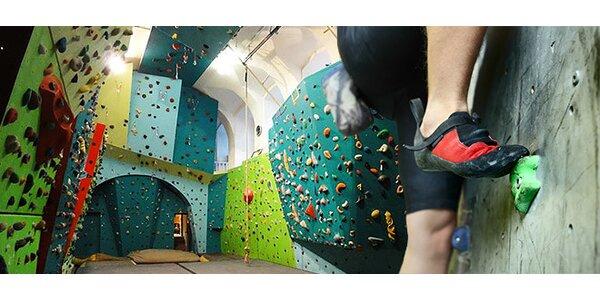 Vstupy na lezeckou stěnu i lekce lezení pro začátečníky