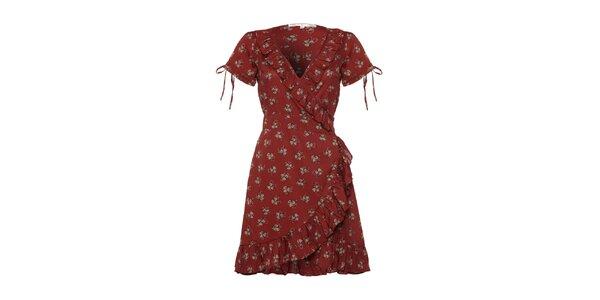 Dámské vínově červené šaty s volánky a potiskem Uttam Boutique